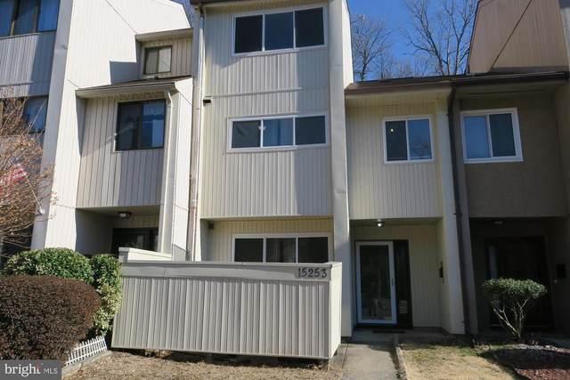 15253 Lodge Terrace, WOODBRIDGE, VA 22191 (#VAPW2004796) :: Nesbitt Realty
