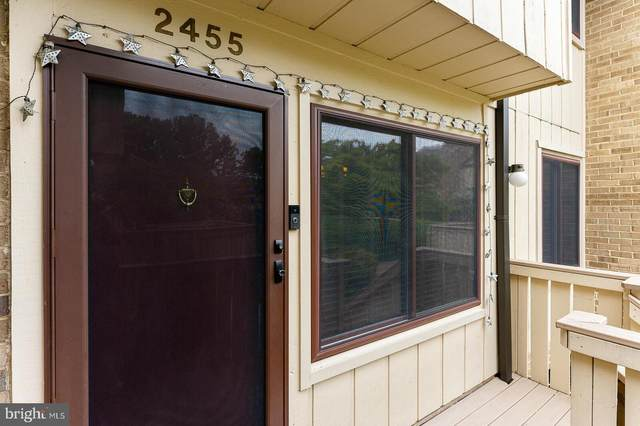 2455 Glengyle Drive #213, VIENNA, VA 22181 (#VAFX2012540) :: Debbie Dogrul Associates - Long and Foster Real Estate