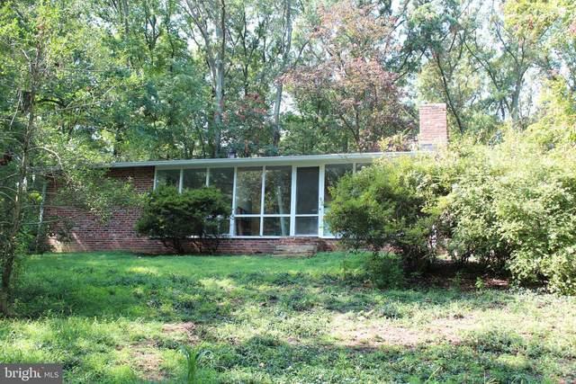 1815 Drury Lane, ALEXANDRIA, VA 22307 (#VAFX2012564) :: Shamrock Realty Group, Inc