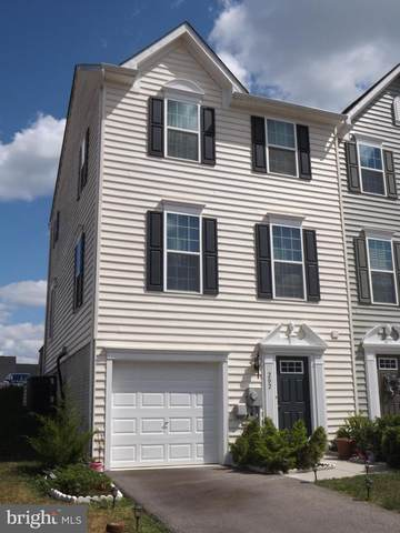 202 Norwood Drive, FALLING WATERS, WV 25419 (#WVBE2001472) :: Pearson Smith Realty