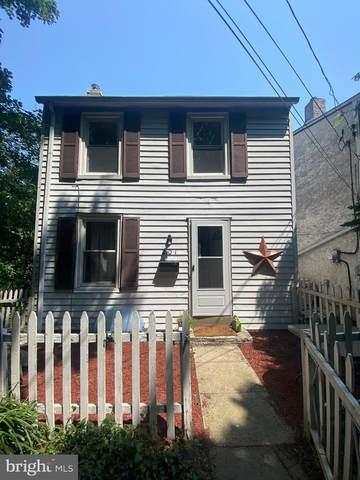 201 Chestnut Street, CONSHOHOCKEN, PA 19428 (#PAMC2006566) :: Lee Tessier Team