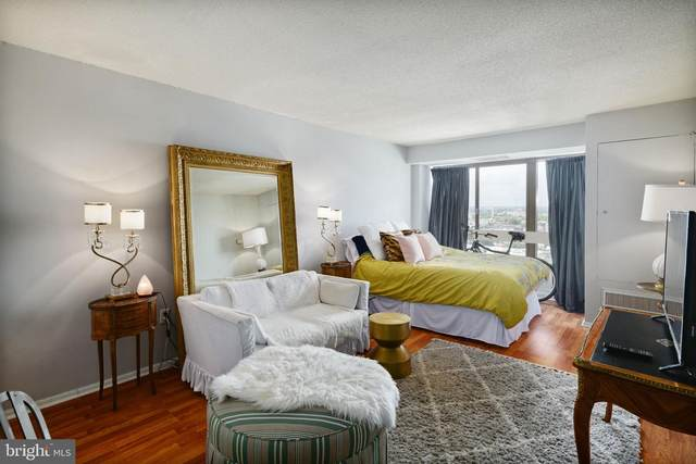 2001 Hamilton Street #2021, PHILADELPHIA, PA 19130 (#PAPH2016970) :: Blackwell Real Estate
