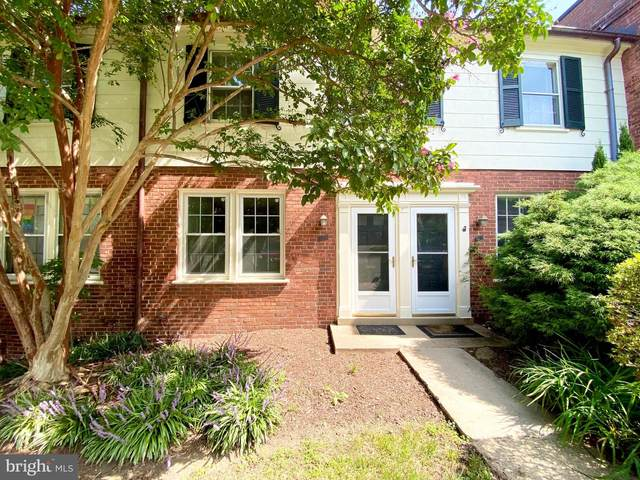 1201 S Barton Street #137, ARLINGTON, VA 22204 (#VAAR2002990) :: The Putnam Group