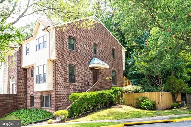 6623 Westbury Oaks Court, SPRINGFIELD, VA 22152 (#VAFX2012866) :: Debbie Dogrul Associates - Long and Foster Real Estate