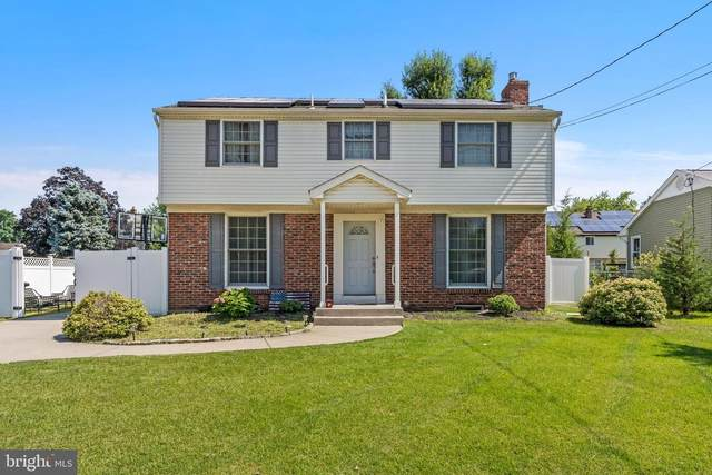 202 Lincoln Avenue, BEVERLY, NJ 08010 (#NJBL2004640) :: Holloway Real Estate Group