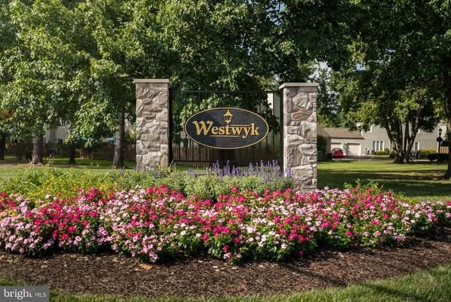233 Hastings Court, DOYLESTOWN, PA 18901 (#PABU2005390) :: Linda Dale Real Estate Experts