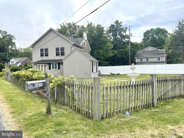 1674 Easton Road, HELLERTOWN, PA 18055 (#PANH2000364) :: ExecuHome Realty