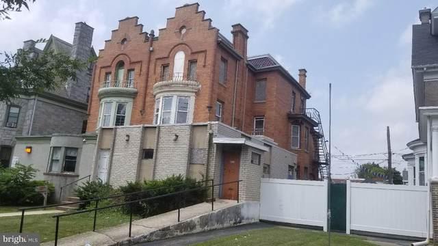1213 Dekalb Street, NORRISTOWN, PA 19401 (#PAMC2007828) :: The John Kriza Team
