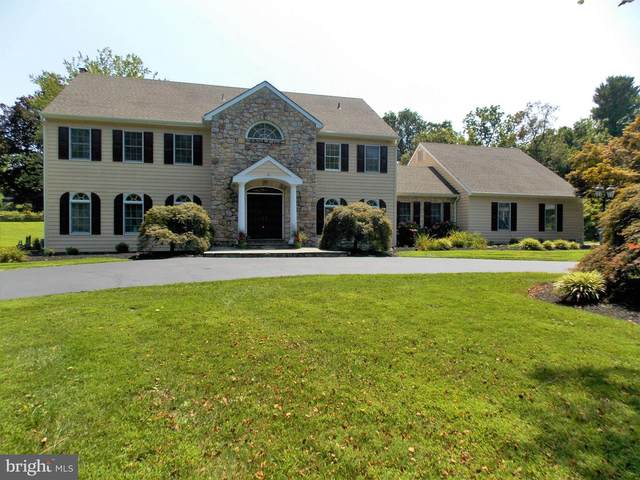 555 Brights Lane, BLUE BELL, PA 19422 (#PAMC2007990) :: Linda Dale Real Estate Experts