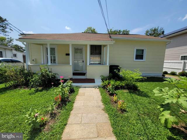 524 69TH Street, CAPITOL HEIGHTS, MD 20743 (#MDPG2008142) :: New Home Team of Maryland