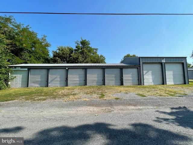 133 W Locust Avenue, CARLISLE, PA 17013 (#PACB2002290) :: The Joy Daniels Real Estate Group