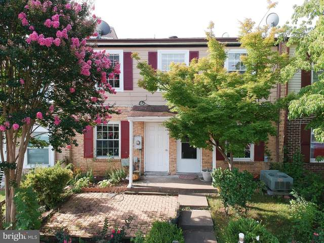 90 Adams Drive NE, LEESBURG, VA 20176 (#VALO2006146) :: The Maryland Group of Long & Foster Real Estate