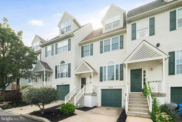 325 Sage Lane, PHILADELPHIA, PA 19128 (#PAPH2021788) :: Linda Dale Real Estate Experts