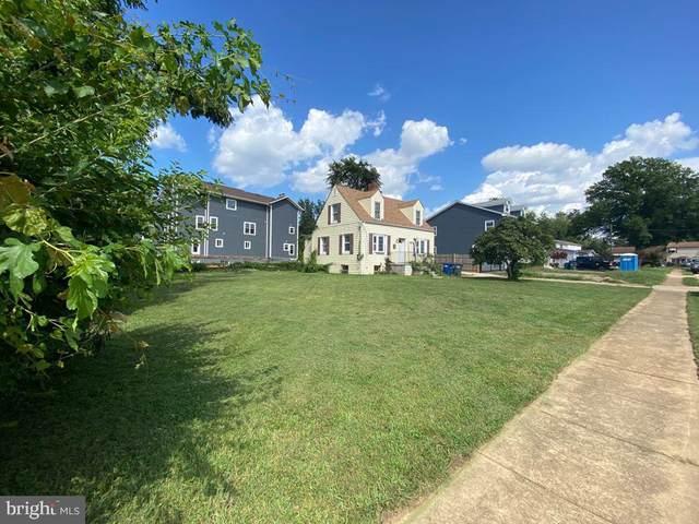 6638 Harriett Street, FALLS CHURCH, VA 22042 (#VAFX2016602) :: The Vashist Group