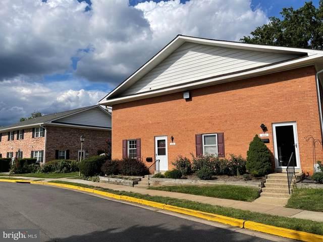 8716 Walutes Circle D, ALEXANDRIA, VA 22309 (#VAFX2016758) :: Debbie Dogrul Associates - Long and Foster Real Estate