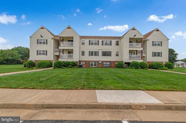 102 Chesterfield Lane #102, STAFFORD, VA 22556 (#VAST2002722) :: Debbie Dogrul Associates - Long and Foster Real Estate