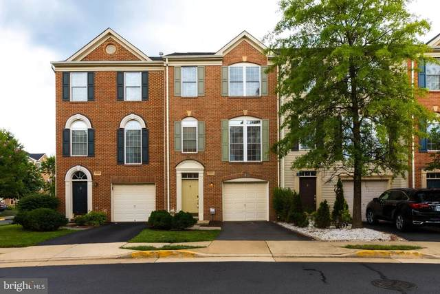13531 Lavender Mist Lane, CENTREVILLE, VA 20120 (#VAFX2017132) :: The Maryland Group of Long & Foster Real Estate