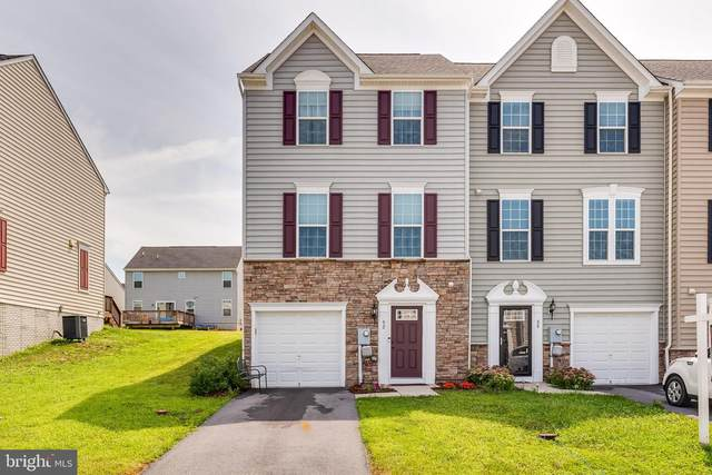 92 Norwood Drive, FALLING WATERS, WV 25419 (#WVBE2002144) :: The Vashist Group