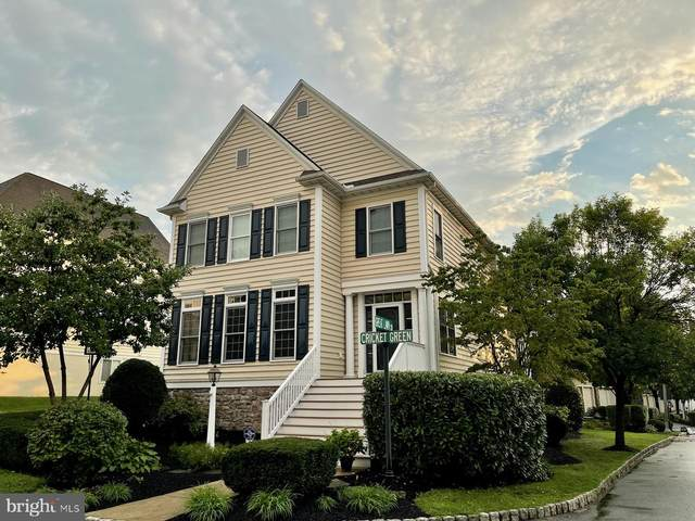 2 Cricket Green, LANCASTER, PA 17602 (#PALA2004322) :: The Joy Daniels Real Estate Group