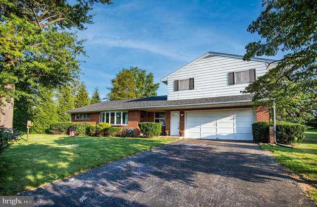 2300 Locust Road, DOVER, PA 17315 (#PAYK2005158) :: Shamrock Realty Group, Inc