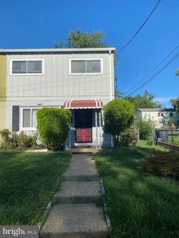2107 Columbia Place, LANDOVER, MD 20785 (#MDPG2010034) :: Bic DeCaro & Associates