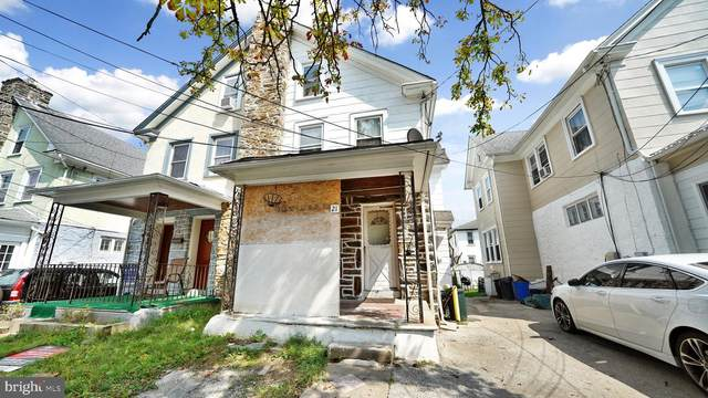 21 Larchwood Avenue, UPPER DARBY, PA 19082 (#PADE2006546) :: Tom Toole Sales Group at RE/MAX Main Line