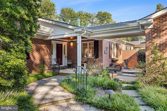 2 Stone Tower Lane, WILMINGTON, DE 19803 (#DENC2006326) :: Tom Toole Sales Group at RE/MAX Main Line
