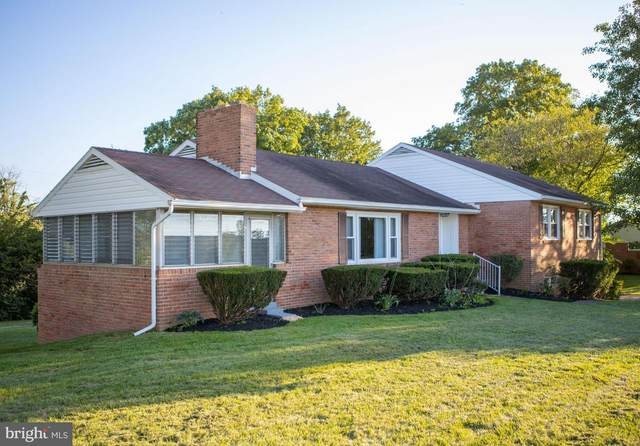 120 N Edgewood Drive, HAGERSTOWN, MD 21740 (#MDWA2002070) :: Realty Executives Premier