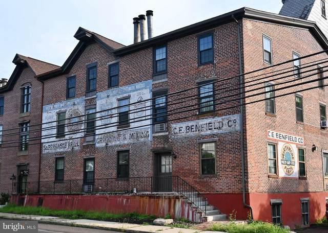 624 E Walnut Street #302, PERKASIE, PA 18944 (#PABU2007400) :: Tom Toole Sales Group at RE/MAX Main Line