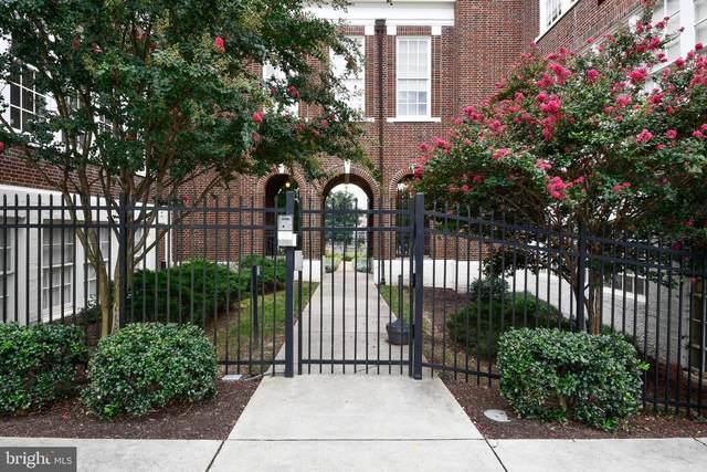 900 Barton Street #104, FREDERICKSBURG, VA 22401 (#VAFB2000502) :: Bruce & Tanya and Associates