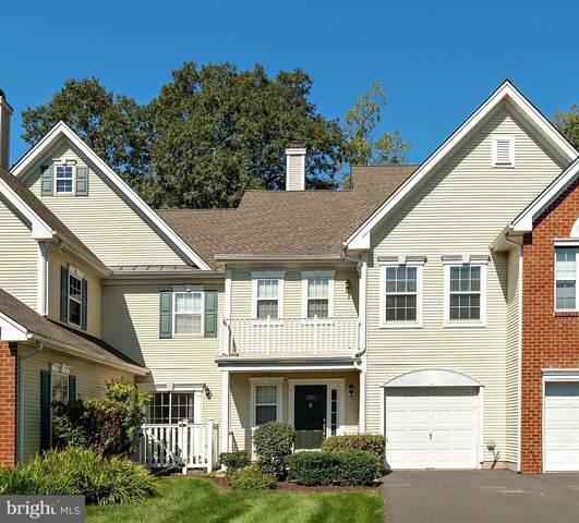 303 Kentshire Court, PENNINGTON, NJ 08534 (#NJME2004636) :: Holloway Real Estate Group