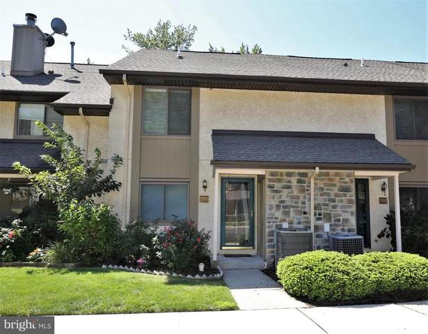 293 Hampshire Drive, PLAINSBORO, NJ 08536 (#NJMX2000702) :: Colgan Real Estate