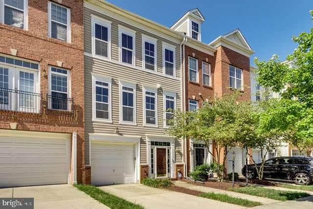 5552 Hartfield Avenue, SUITLAND, MD 20746 (#MDPG2011214) :: The Putnam Group