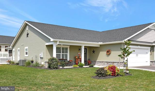 87 Akron Drive, FALLING WATERS, WV 25419 (#WVBE2002554) :: Shawn Little Team of Garceau Realty
