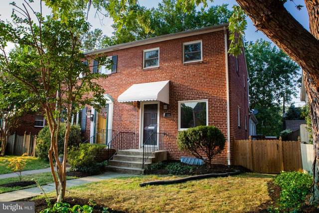 122 E Glendale Avenue, ALEXANDRIA, VA 22301 (#VAAX2003544) :: Colgan Real Estate
