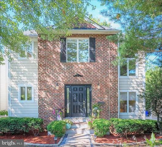 4710 Old Dominion Drive, ARLINGTON, VA 22207 (#VAAR2005002) :: Colgan Real Estate