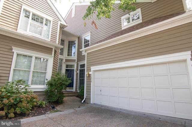 11415 Hollow Timber Way, RESTON, VA 20194 (#VAFX2021536) :: Debbie Dogrul Associates - Long and Foster Real Estate