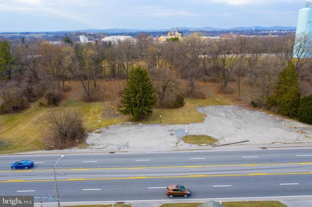 4155 W Market Street, YORK, PA 17408 (#PAYK2006064) :: The Joy Daniels Real Estate Group