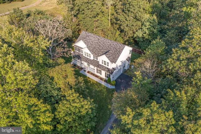 324 Mesquite, HEDGESVILLE, WV 25427 (#WVBE2002642) :: Colgan Real Estate