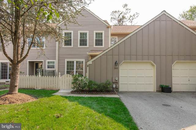 262 Tulip Tree Court, BLUE BELL, PA 19422 (#PAMC2011532) :: Linda Dale Real Estate Experts