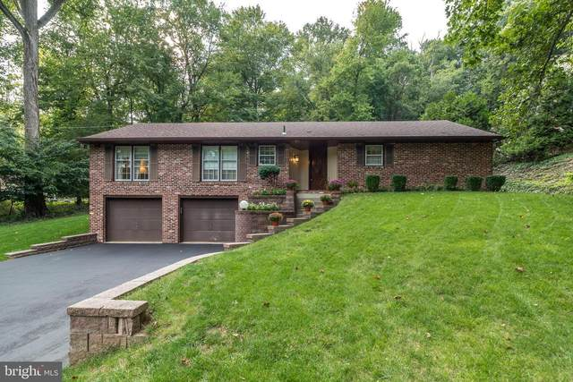 2365 Fairway Road, HUNTINGDON VALLEY, PA 19006 (#PAMC2011542) :: ExecuHome Realty