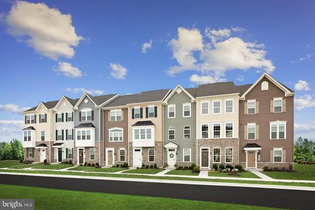 9427 Oak Grove Lane, MONTGOMERY VILLAGE, MD 20886 (#MDMC2016448) :: Bic DeCaro & Associates