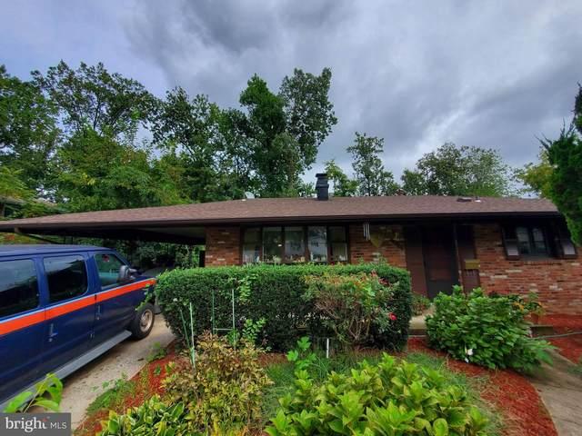 3713 Moss Drive, ANNANDALE, VA 22003 (#VAFX2022518) :: Bruce & Tanya and Associates