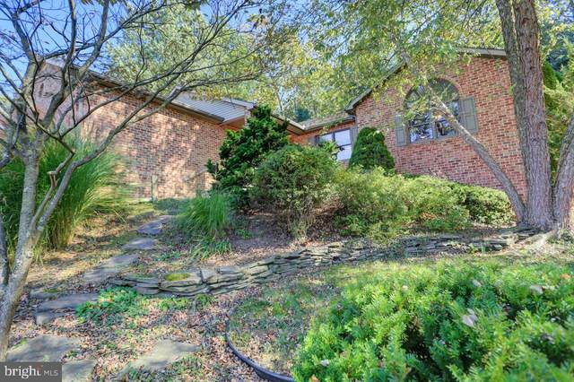 6118 Greenbriar Drive, FAYETTEVILLE, PA 17222 (#PAFL2002226) :: Frontier Realty Group