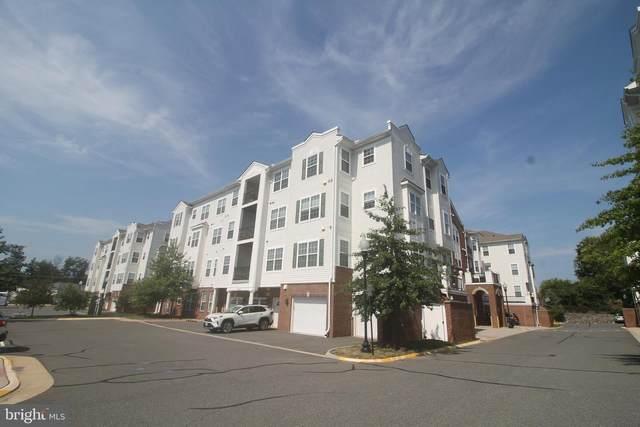 9202 Charleston Drive #202, MANASSAS, VA 20110 (#VAMN2000720) :: The Yellow Door Team