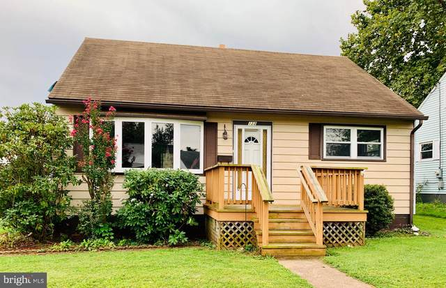 122 E Roosevelt Avenue, MIDDLETOWN, PA 17057 (#PADA2003808) :: ExecuHome Realty