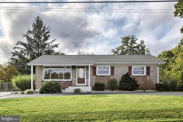 5 Woods Drive, MECHANICSBURG, PA 17050 (#PACB2003374) :: The Casner Group