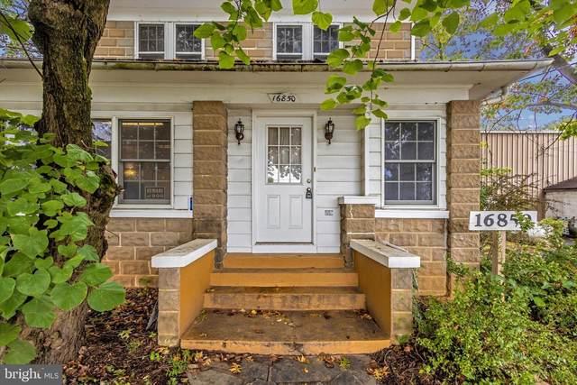 16850 Oakmont Avenue, GAITHERSBURG, MD 20877 (#MDMC2017054) :: Integrity Home Team