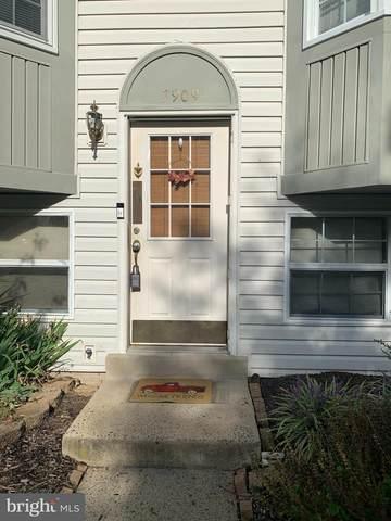 7909 Hugh Mullen Drive, MANASSAS, VA 20109 (#VAPW2009200) :: Jennifer Mack Properties