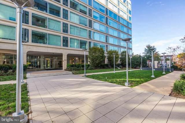 1101 3RD Street SW #203, WASHINGTON, DC 20024 (#DCDC2014630) :: The Licata Group / EXP Realty